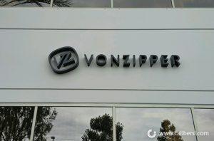 vonzipper-chooses-dimensional-letters1
